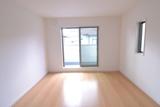 2階洋室部屋.JPG